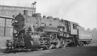 2018.15.N95A.7186--ed wilkommen 116 neg [Edward R Batson Jr]--B&A--steam locomotive 0-8-0 U-2k 59--Boston MA--1950 0730