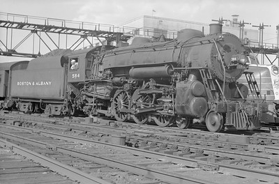 2018.15.N95A.7191--ed wilkommen 6x9 neg--B&A--steam locomotive 4-6-2 584--Boston MA--1948 0700