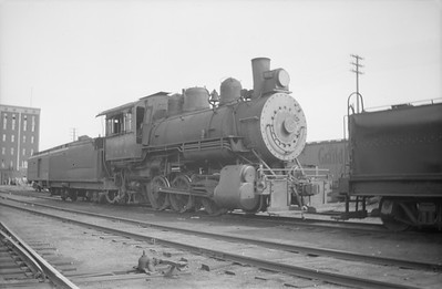 2018.15.N69.5462--ed wilkommen 116 neg--CB&Q--steam locomotive 0-6-0 G-6 1697--Winona MN--1944 0703
