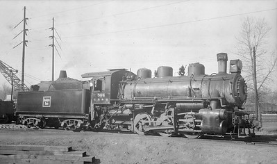 2018.15.N69.5452M--ed wilkommen 116 neg--CB&Q--steam locomotive 0-6-0 G-5 504--Clinton IL--no date