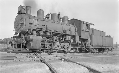 2018.15.N69.5453--ed wilkommen 116 neg--CB&Q--steam locomotive 0-6-0T G-5A 523--East St Louis IL--1953 0222