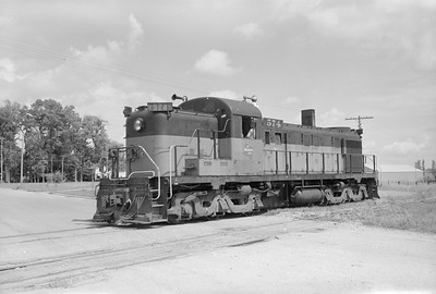 2018.15.N68B.4814C--ed wilkommen 6x9 neg--CMStP&P--ALCO diesel locomotive 574--location unknown--no date