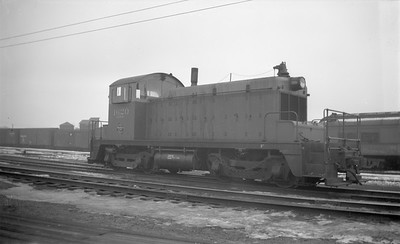 2018.15.N68B.4825B--ed wilkommen 116 neg--CMStP&P--diesel locomotive EMD 1620 (later 966)--St Paul MN--1947 1100