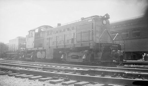 2018.15.N68B.4814G--ed wilkommen 116 neg--CMStP&P--ALCO diesel locomotive 961--location unknown--no date