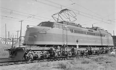 2018.15.N68D.4886--ed wilkommen 116 neg--CMStP&P--electric locomotive E-20--Butte MT--1952 0907