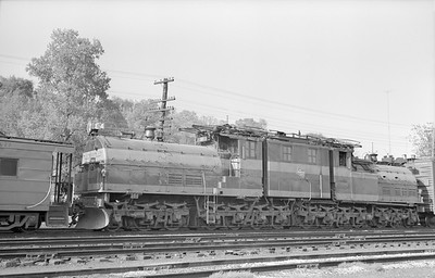 2018.15.N68D.4874--ed wilkommen 6x9 neg--CMStP&P--electric locomotive E-4--Savanna IL--1954 0500