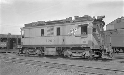 2018.15.N65C.3420--ed wilkommen 116 neg--C&NW--oil-electric locomotive IR 1200--Green Bay WI--no date