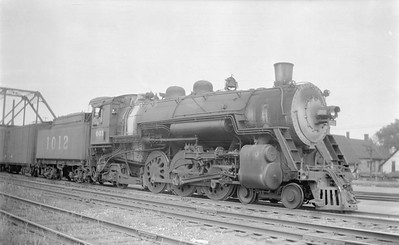 2018.15.N86.6388--ed wilkommen 116 neg--C&EI--steam locomotive 4-6-2 1012--Chicago IL--1947 0820