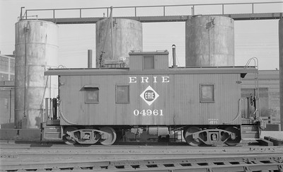 2018.15.N45.1558--ed wilkommen 116 neg--caboose--ERIE--location unknown--no date