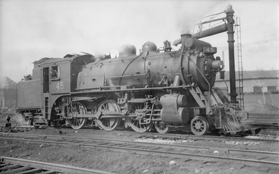 2018 15 N82 6298--ed wilkommen 116 neg--CNR--steam locomotive 4-6-4T X-10-a 45--Montreal QC--1944 0300