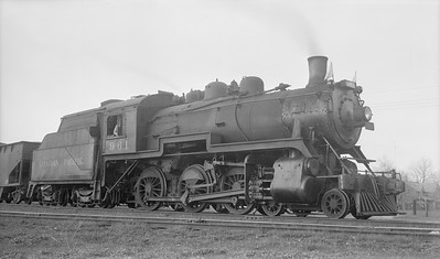 2018.15.N83.6335D--ed wilkommen 116 neg [Stan Mailer]--CP--steam locomotive 4-6-0 D10G 961--Tillsonburg ON--1957 0425