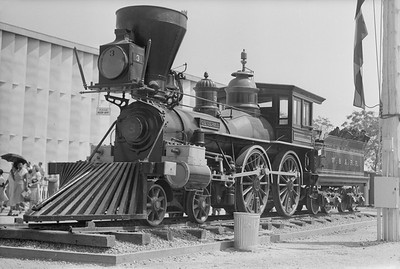 2018.15.N54.6907--ed wilkommen 6x9 neg--Chicago Railroad Fair--W&A 4-4-0 The General--Chicago IL--1949 0000