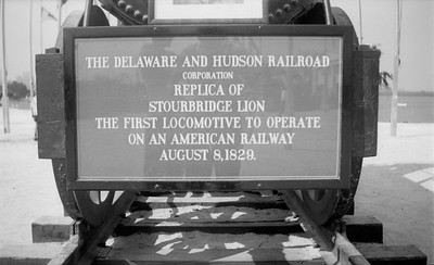 2018.15.N54.1924--ed wilkommen 116 neg--Chicago Railroad Fair--D&H sign--Chicago IL--1949 0000