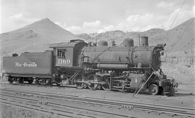 2018.15.N73.5770--ed wilkommen 116 neg--D&RGW--steam locomotive 2-8-0 C-48 1169--Salida CO--1956 0913