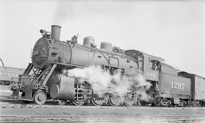 2018.15.N89.6528--ed wilkommen 116 neg--SLSF--steam locomotive 2-8-0 1287--Joplin MO--1941 0202