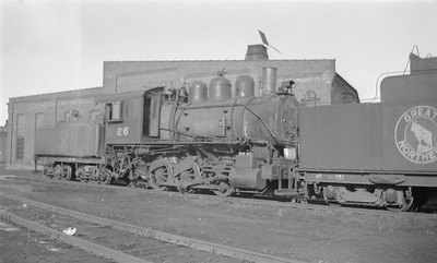 2018.15.N71.5566--ed wilkommen 116 neg--GN--steam locomotive 0-6-0 A-9 26--St Cloud MN--1947 0126