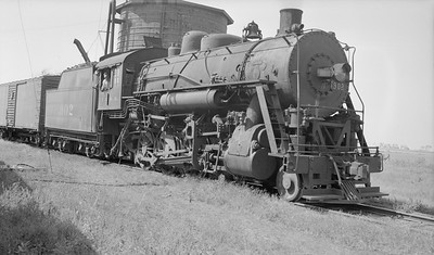 2018.15.N87.6399X--ed wilkommen 116 neg--ICRR--steam locomotive 2-8-0 902--location unknown--no date
