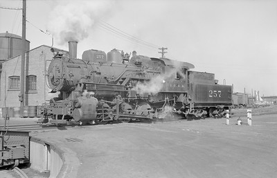 2018.15.N87.6393--ed wilkommen 6x9 neg--ICRR--steam locomotive 0-6-0 257--Dubuque IA--1954 0300
