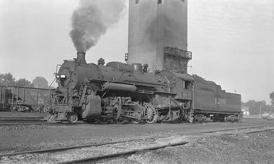 2018.15.N87.6404E--ed wilkommen 116 neg--ICRR--steam locomotive 2-8-2 1299 at coal chute--location unknown--no date