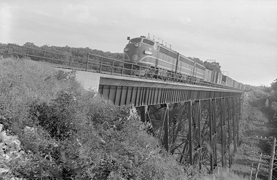 2018.15.N96B.7229--ed wilkommen 6x9 neg--KCS--EMD diesel locomotive on time freight train arriving--Kansas City MO--no date