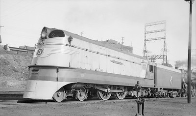 2018.15.L.6967--ed wilkommen pc neg--CMStP&P--steam locomotive 4-4-2 A 3 (streamlined)--Milwaukee WI--1939 1022