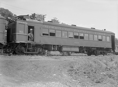 2018.15.N98A.7280A--ed wilkommen 3x4 neg--MP--gas-electric motorcar 626--location unknown--no date