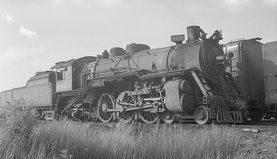 2018.15.N98A.7294--ed wilkommen 116 neg--MP--steam locomotive 4-6-2 6429--location unknown--no date