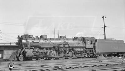 2018.15.N98A.7291--ed wilkommen 116 neg--MP--steam locomotive 4-8-2 5321--location unknown--no date