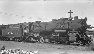 2018.15.N98A.7284B--ed wilkommen 116 neg--MP--steam locomotive 2-8-2 1427--Dupo IL--1953 0905
