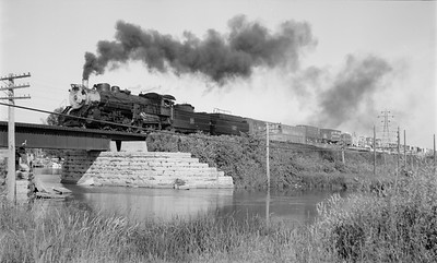 2018.15.N56.1940--ed wilkommen 116 neg--CWM Circus Train with CB&Q 4960 action--Westport WI--1965 0000