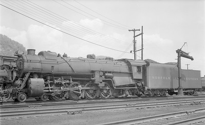 2018.15.N79.6164--ed wilkommen 116 neg--N&W--steam locomotive 4-8-2 K1 100--Portsmouth OH--1957 0428