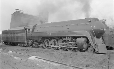 2018.15.N79.6171--ed wilkommen 116 neg--N&W--steam locomotive 4-8-2 K2a 130 (streamlined)--Roanoke VA--1956 0219
