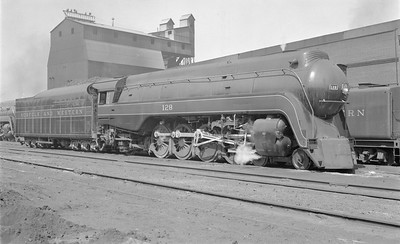 2018.15.N79.6170--ed wilkommen 116 neg--N&W--steam locomotive 4-8-2 K2a 128 (streamlined)--Roanoke VA--1955 0409