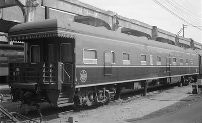 2018.15.N48.1628--ed wilkommen 116 neg--passenger car (business)--CN--location unknown--no date