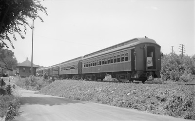 2018.15.N48.1642--ed wilkommen 116 neg--passenger car (coaches)--C&NW--location unknown--no date