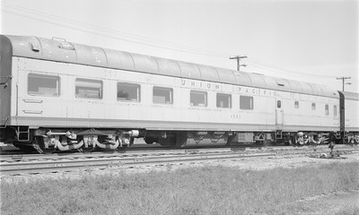 2018.15.N48.1635--ed wilkommen 116 neg--passenger car (diner)--UP--location unknown--no date