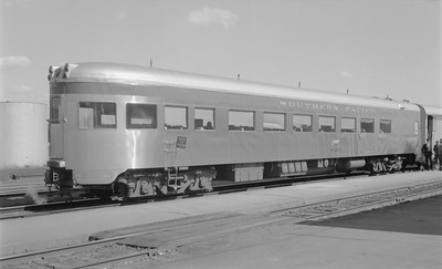2018.15.N48.1646--ed wilkommen 116 neg--passenger car (obs)--SP--location unknown--no date