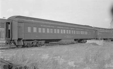 2018.15.N48.1637--ed wilkommen 116 neg--passenger car (coach)--TH&B (CP)--location unknown--no date