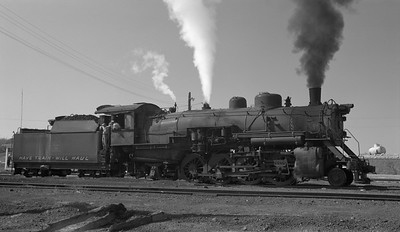 2018.15.N64.2555D--ed wilkommen 116 neg--Bevier & Southern--steam locomotive 2-8-2 4943 (leased from CB&Q)--Bevier MO--no date