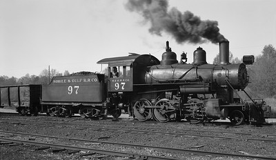 2018.15.N64G.8147--ed wilkommen 116 neg--Mobile & Gulf--steam locomotive 2-6-0 97--Brownville AL--1962 0413