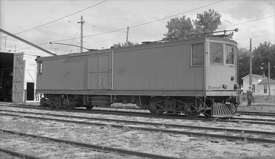 2018.15.N99G.2573A--ed wilkommen 116 neg--Charles City Western--electric freight motor 302--Charles City IA--no date