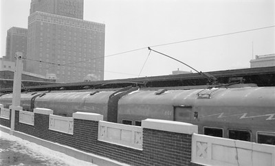 2018.15.N99B.2105--ed wilkommen 116 neg--CNS&M--Electroliner roof as seen in station--Milwaukee WI--late 1950s