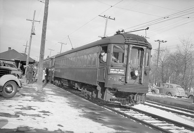 2018.15.N99B.7604--ed wilkommen 6x9 neg--CNS&M--electric interurban 742 making station stop for passengers--location unknown--no date