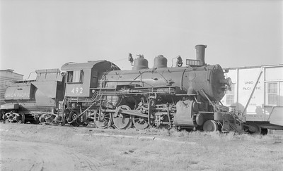 2018.15.N81.6239--ed wilkommen 116 neg--UP--steam locomotive 2-8-0 492--Grand Island NE--1956 0630