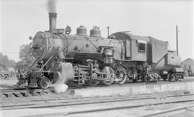 2018.15.N81.6237--ed wilkommen 116 neg--UP--steam locomotive 2-8-0 485--Columbus NE--1955 0903