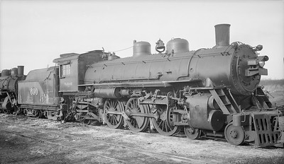2018.15.N94.7150--ed wilkommen 116 neg--WAB--steam locomotive 4-6-2 J-2 690 (dead)--Moberly MO--1950 1115