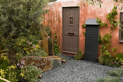 Small Garden (2)