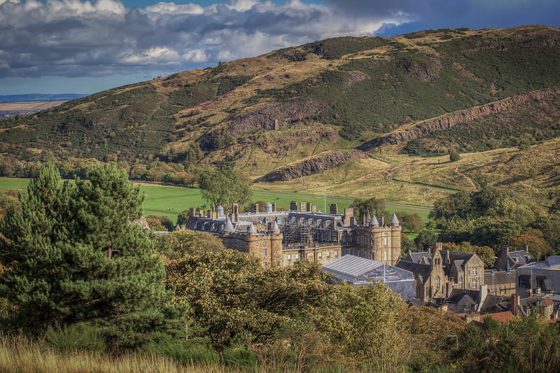 Hollyrood Palace Below Arthurs Seat