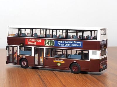 CMNL UKBUS4001 Lothian Buses Volvo Olympian Alexander Royale 268 route 25 to Riccarton