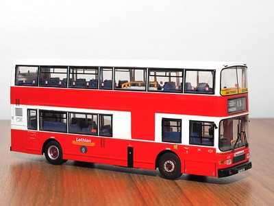 CMNL UKBUS4011 Lothian Buses Volvo Olympian Alexander Royale 431 route 15 to Penicuik Red & White
